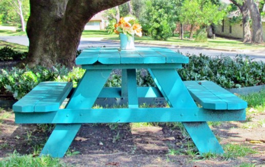 turquoise table M2W